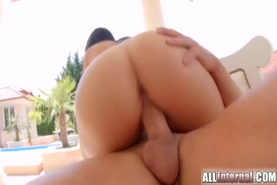 Fucking big booty girl doggy. i cum so fast in her pussy.