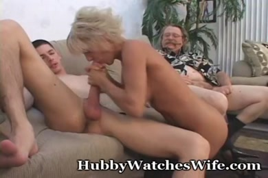 Young stud jerks off and cums on himself.