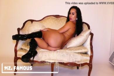 Free download porn romantic video 3mb