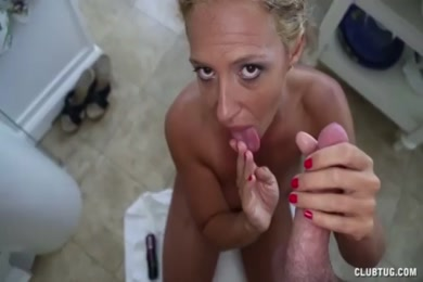Wifey sucks dick on the kitchen counter.