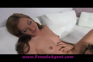 My pussy is dripping. and so wet. i can't stop squirting.