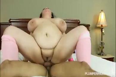 Big booty latina slut loves to get fucked doggy style.