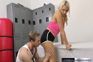 Schoolgirl small oldman xxx video