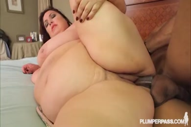 Hot latina milf fucked hard and creampied on snap.